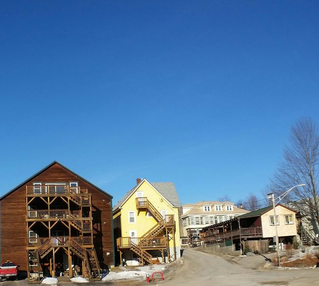 Early Morning Outdoors No People New Hampshire New England Town New England  North Woodstock Apartment Buildings Backend Of Main Street Color
