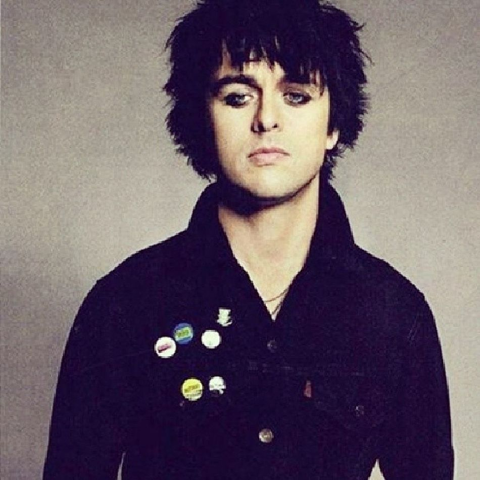 Happy birthday billie!!!! Billie BillieJoe  Billiejoearmstrong Happybirthdaybilliejoearmstrong greenday 42