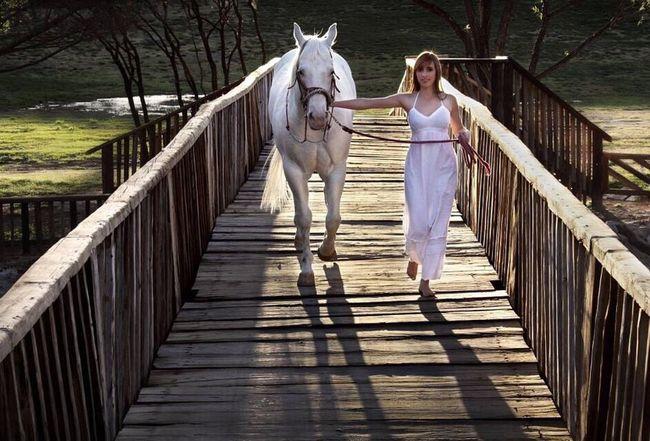 Canonphotography Wedding Photography Piesdescalzos ArtWork Bestoftheday Calma Canon_photos Horse Photography  Horse