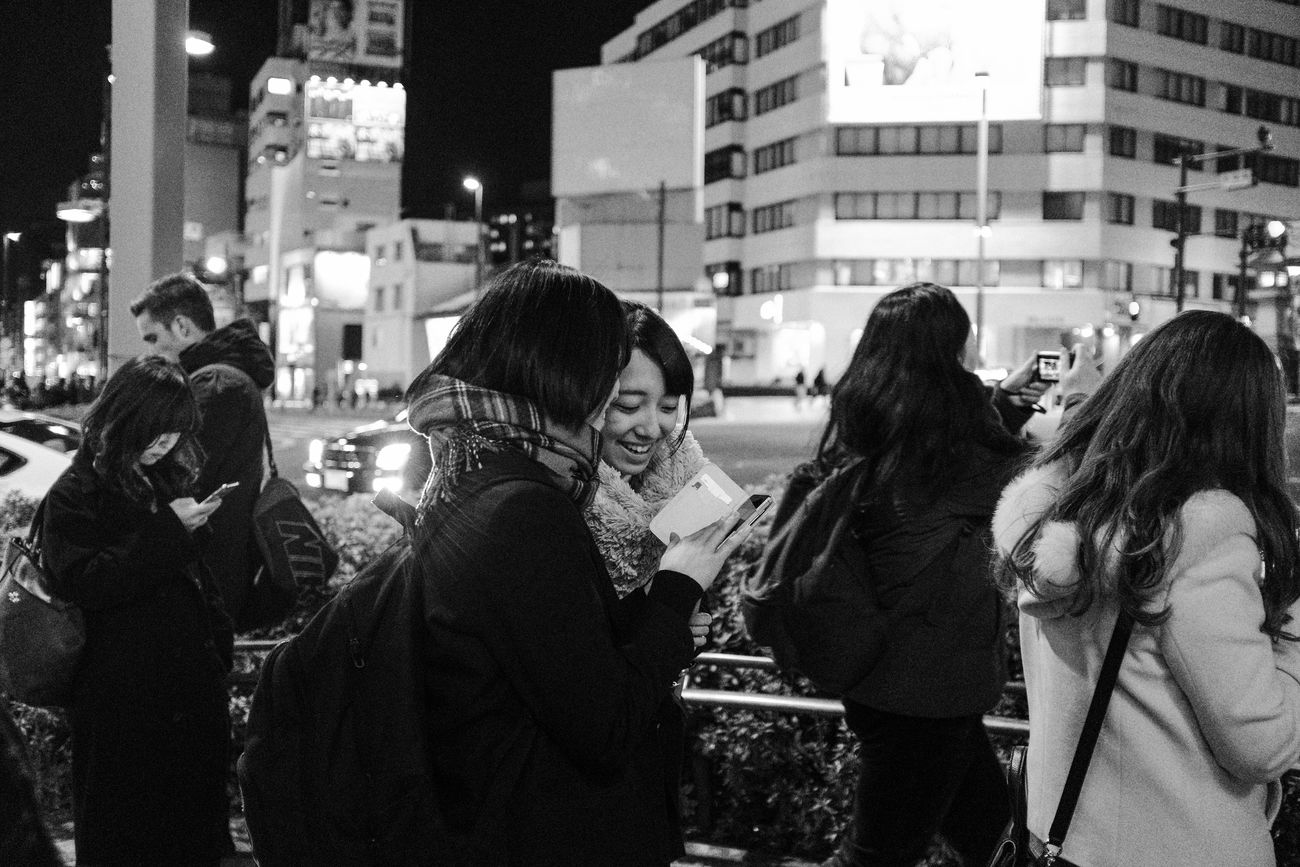 Omotesando, Tokyo, 2017 Everybodystreet Japan Monochrome Real People Streetphotography The Street Photographer - 2017 EyeEm Awards Tokyo X100f