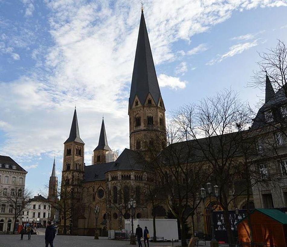 Bonner Münster. Bonn. ⛪ Kirche Church Bonn Bonnermünster Weekend Wochenende NRW Nordrheinwestfallen Germany Deutschland Europe