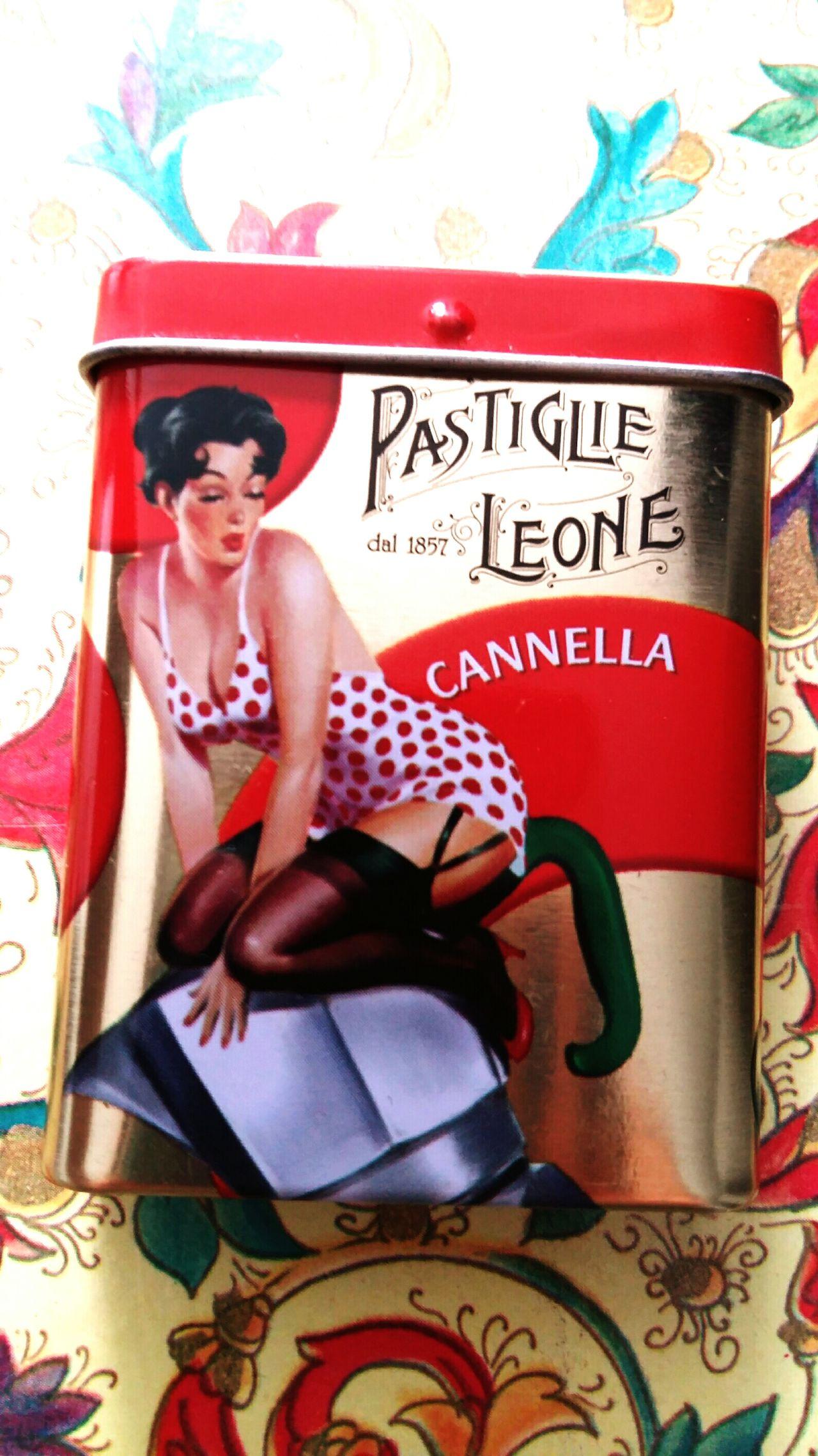 My Favorite  Pastilles Leone Italian Candies Cannella Cinamon Candies! Food Gourmandise Gourmand Vintage