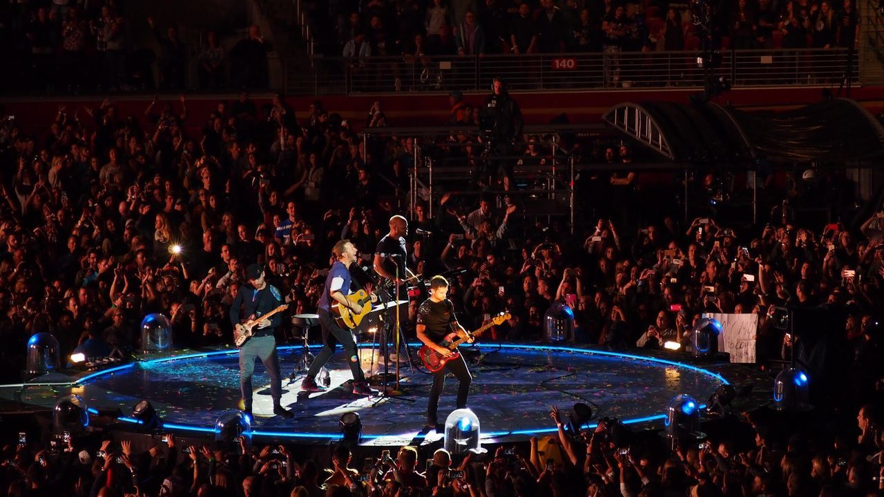 Levi's Stadium Coldplay Concert  Coldplay COLDPLAY ♥ AHFODtour 2016 San Francisco Music Brings Us Together