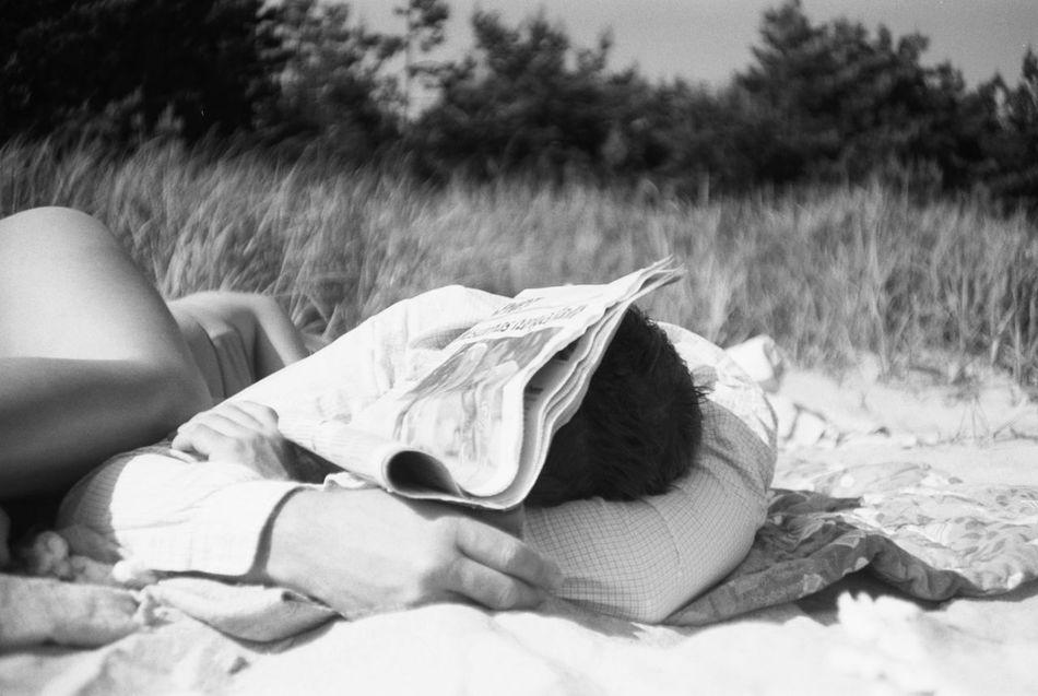 Beautiful stock photos of sleep, Beach, Couple, Covering, Day