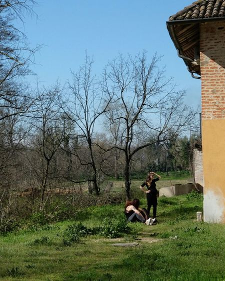 Girls in the Sunshining . Spring arriving. Nature Trees EyeEm Nature Lover . Taking Photos while Hanging Around Countryside in Italy