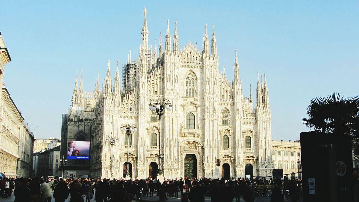 Travel Destinations Cultures Building Exterior Architecture Piazza Del Duomo Milan DuomoDiMilano