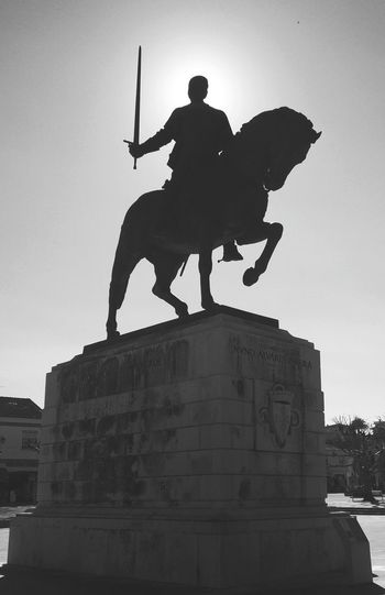 Sculpture Statue Art And Craft Male Likeness Human Representation Silhouette History The Past Horse Craft Horseback Riding Monument Travel Destinations King - Royal Person Warrior - Person Shield City Outdoors Black & White Shotononeplus Oneplusonephotography Oneplus One OnePlusOne📱 Portugal Architecture