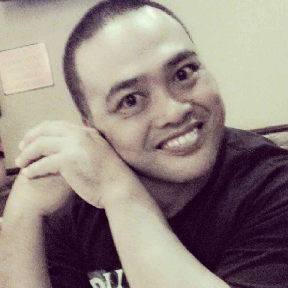 The weird guy with his creepy smile. Dad Abnuy