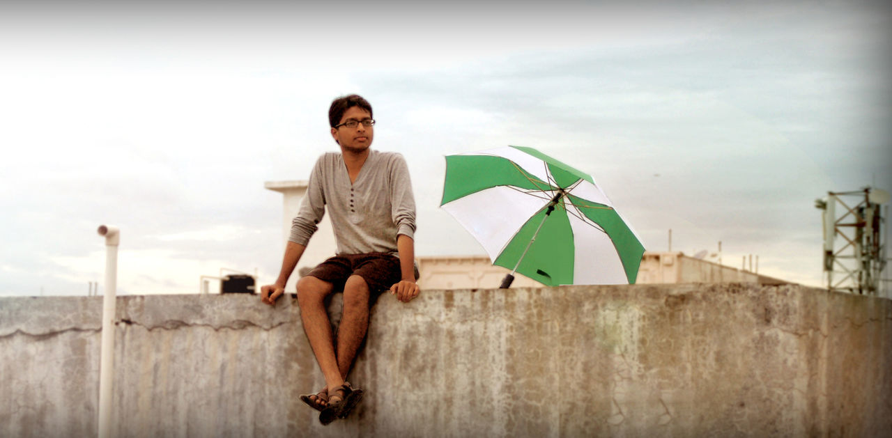 #after Raineeee #bachelorlife #evening Li #nikon Capture #terrace #Thinking #umbrella Outdoors