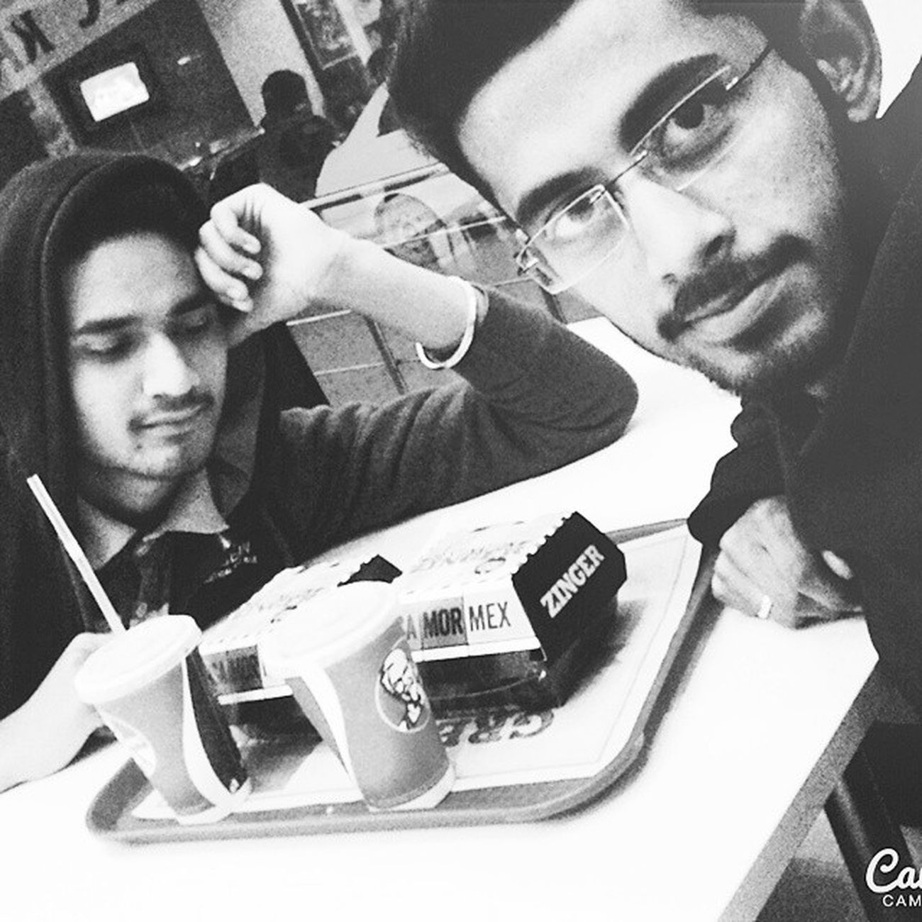 @kfc with TaNMay MexicanSalsa 😝😝😁😁 was SooooooooGooooood 😁😀😀
