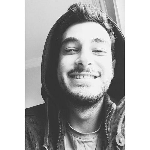 Hava soguk ben erken kalkmis olabilirim ama mutluyum sanane Me Today Happy Smile instagood back black cold vscocamturkey vscoturkey vscocam InstaMagAndroid