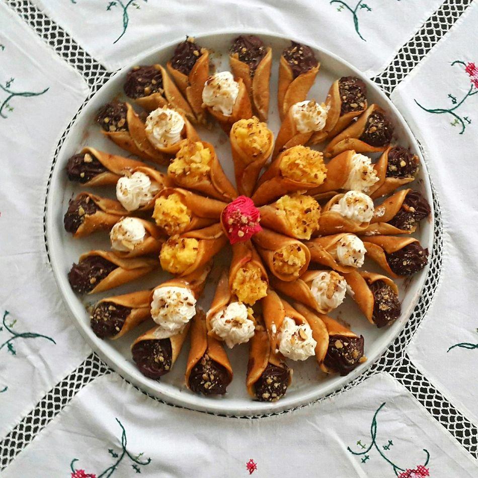 Sweet qatayef by me! Hello World Check This Out Dessert Dessertoftheday Dessert Time! Dessertlover Dessert Photography Oriental Sweets Chocolate Custard Cream Sweet Sweet Food Beautifulcuisines