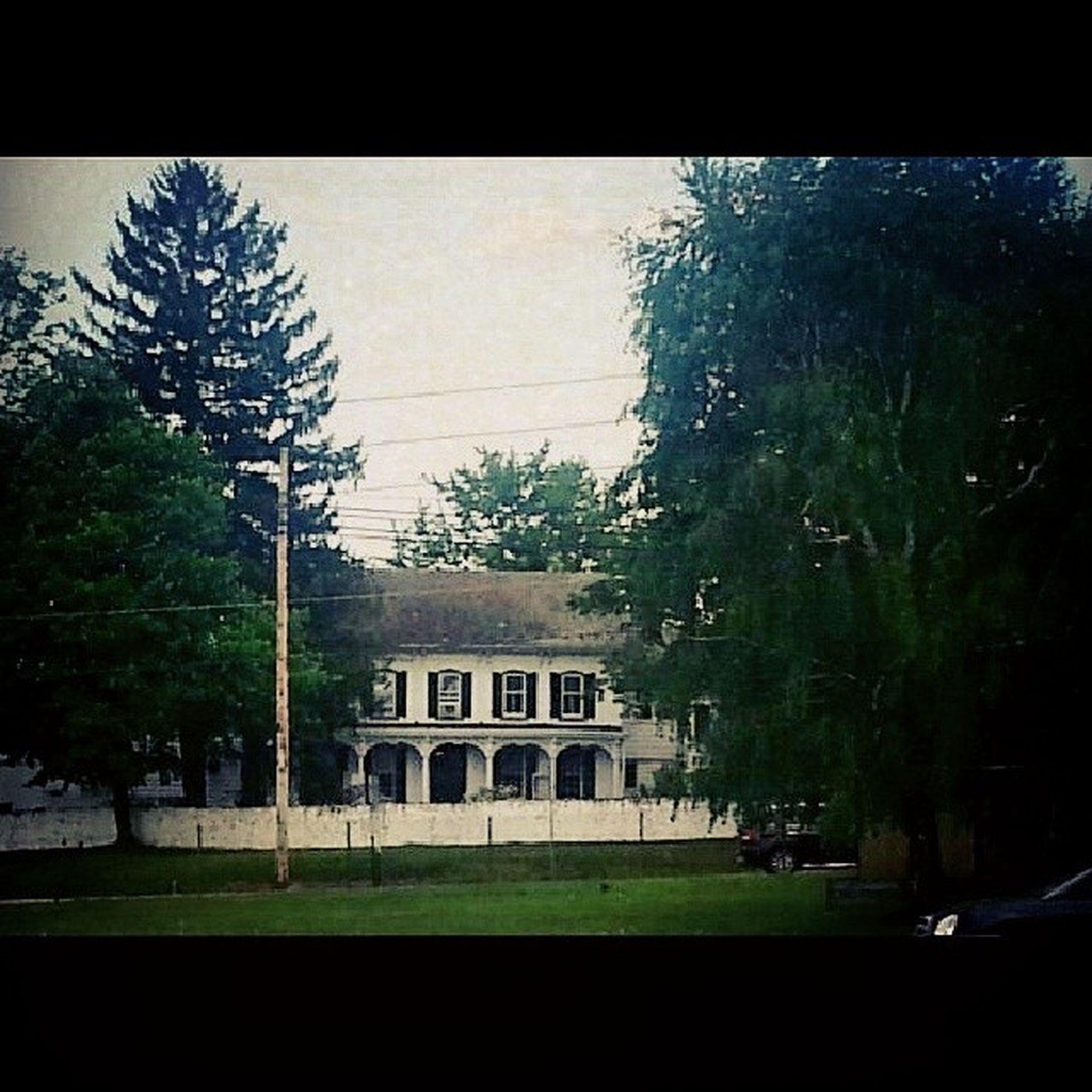 Inn at Turkey Hill Historiclandmarks 1839 Brick Farmhouse Alleghenies appalachia Americangothic