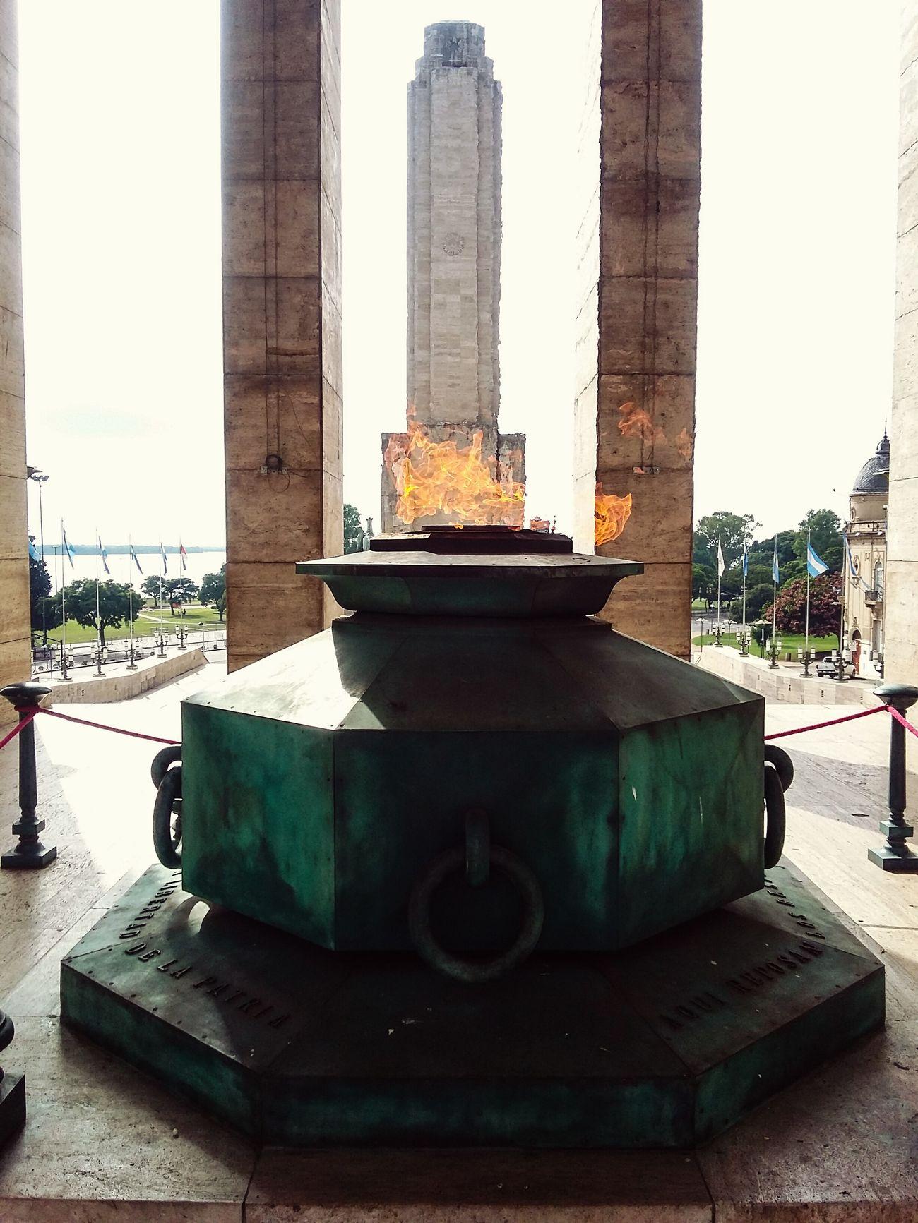 Una buena caminata de domingo y para cerrar. Monumento Rosario