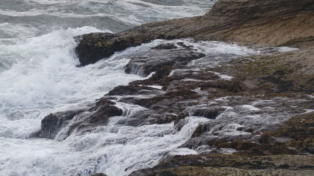 Coastline Water Draining Water Falling Water Over Rocks Relaxing Nature_collection Waves, Ocean, Nature No People Stormy Sea Water_collection