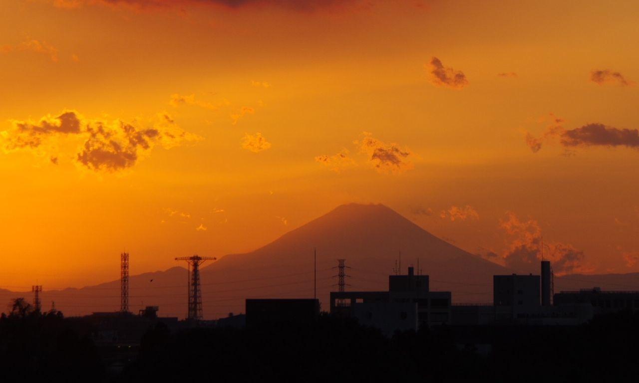 おつかれさまでした。 Sunset Silhouette 夕暮れ時 Afterglow Twilight 富士山 Pentax K-3 おつかれさま