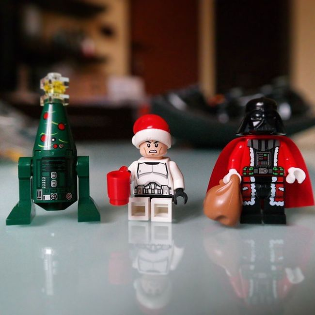 My Adventcalendar is better than yours 😄 Vadersanta ChristmasLegoStarWars SamsungNX30 samsungsmartcamera imagelogger imageloggers fotosociality All photos, above, have been shot with the Samsung NX30 Camera, which has been provided by Samsung Electronics C. Ltd.