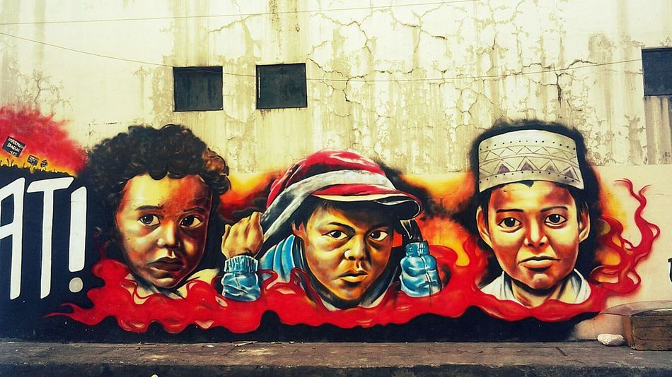 A Point Of Irony In The Middle Of The Weekend Streetart Streetphotography ArtWork Faces Of The World Pinoystreetphoto Manila Phillipines Eyeem Philippines