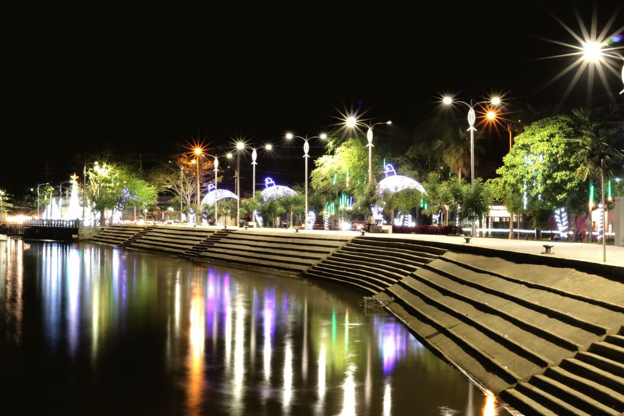Sinu river light reflection Night Illuminated Reflection Water Built Structure Canon T6i Canon 750d Canon 50mm F1.8 Stm
