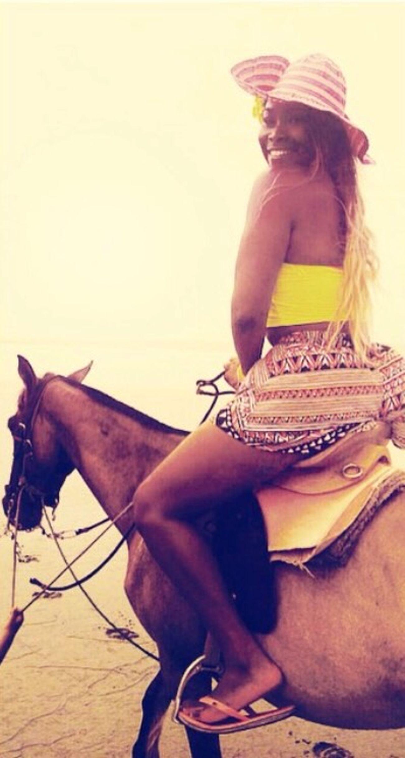 🐎🌸💗 Ecuador♥ That's Me Beach Love Horses! Caballos Mompiche Esmeraldas Decameron Smiling Always :)