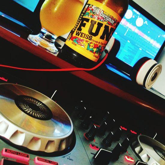 Junglist Studio Session Drumandbass Beer Dj Producer