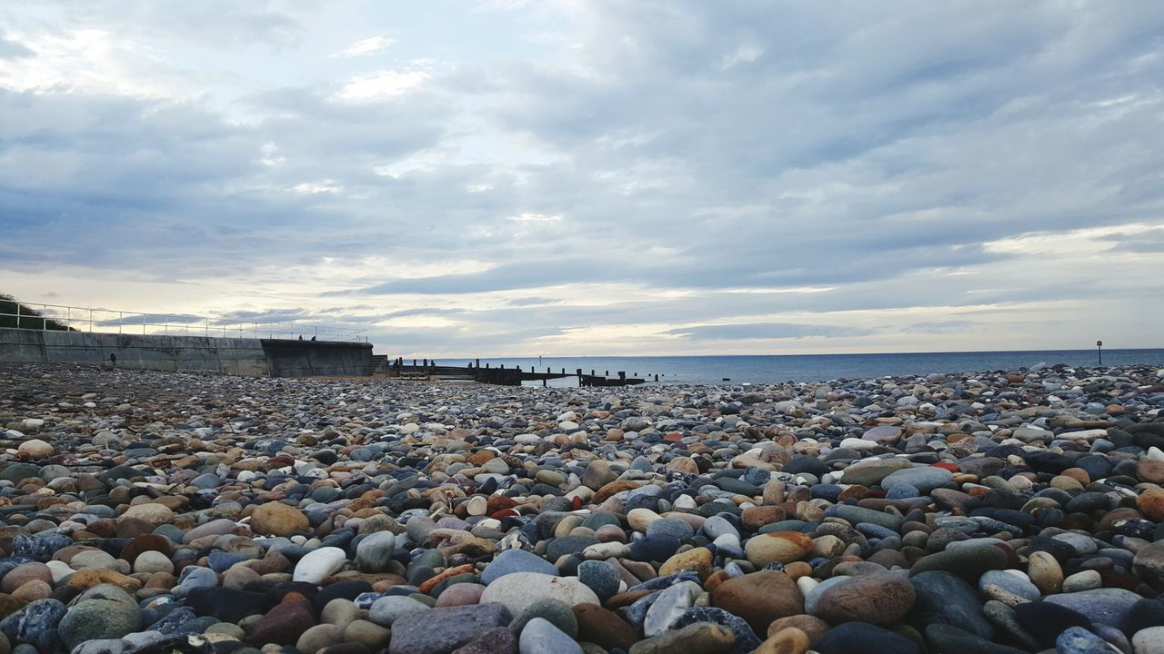 Hornsea Hornsea Beach Yorkshire Pebble Beach Pebbles East Yorkshire S6 S6edgephotography S6edge Coast Samsung Galaxy S6 Edge Samsungphotography Beach Seaside Seaside_collection Landscape_Collection Yorkshire Coast PhonePhotography Enjoying Life Landscape Coastline