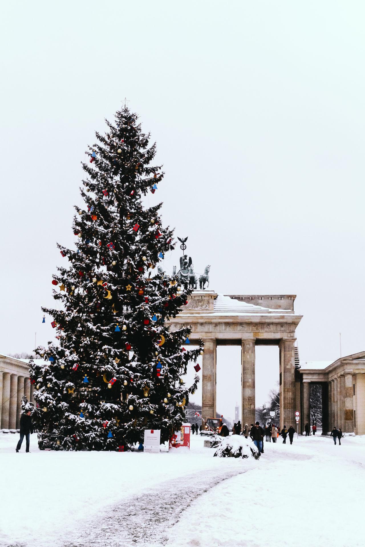 Beautiful stock photos of weihnachtsbaum,  Architecture,  Berlin,  Brandenburg Gate,  Built Structure