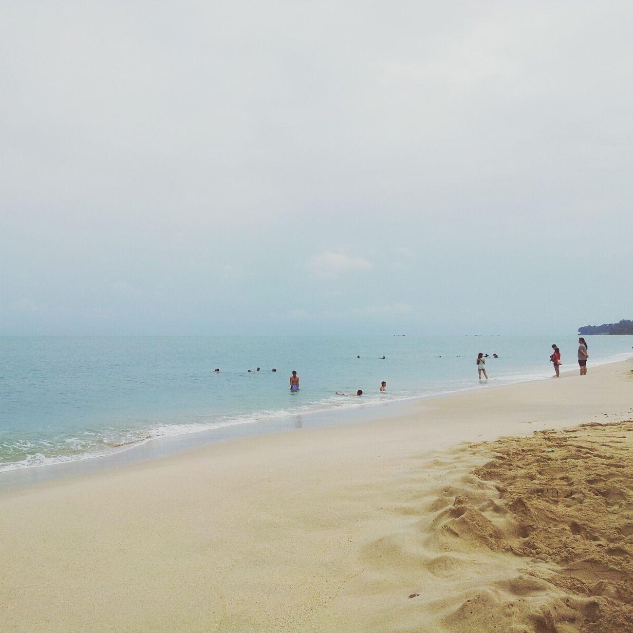 Sunday, light rain. Beach Sea Crowd