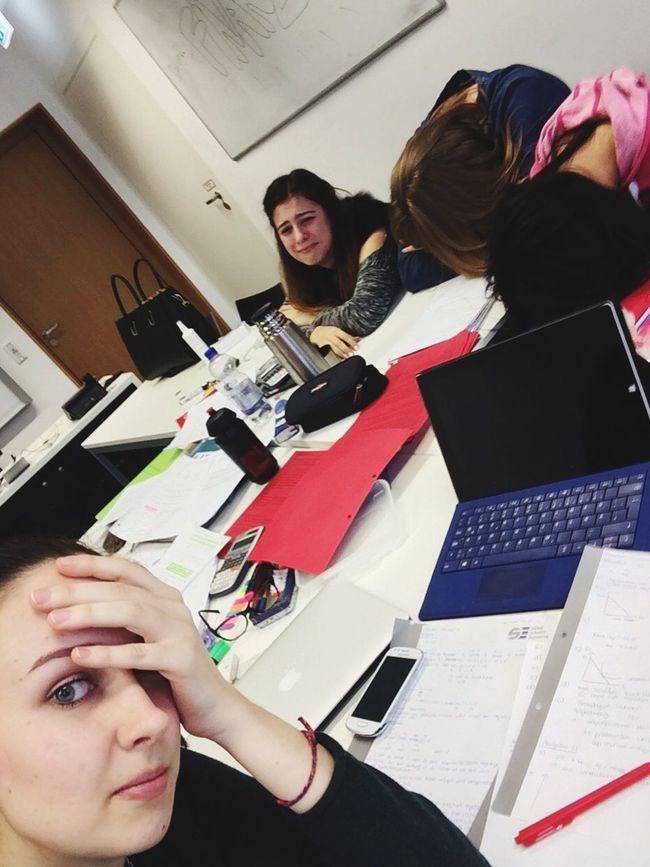 Lernphase Prüfungsstress Studentlife