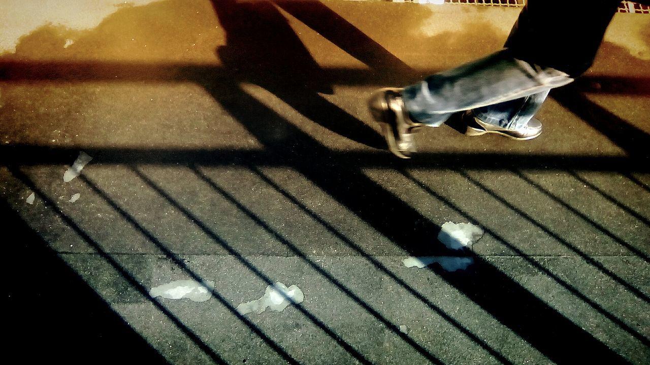 Walking Lisboa VSCO Documentary Photography Documentary Taking Photos Showcase: February EyeEm Gallery The Week On Eyem EyeEm Portugal Androidography AndroidPhotography Streetphoto_color Streetphotography Watching People Yellow Walking Caminhar Lidow