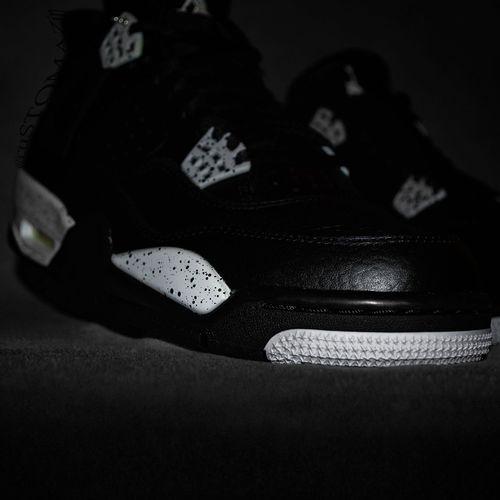 Oreo 4s On OwnViews Passion Close-up Darkroom Airjordan4 Mjwednesdays Footwear Sneakers Nike Jordan Jordans On My Feet  Views ShoePorn Shoes Of The Day Jordansdaily