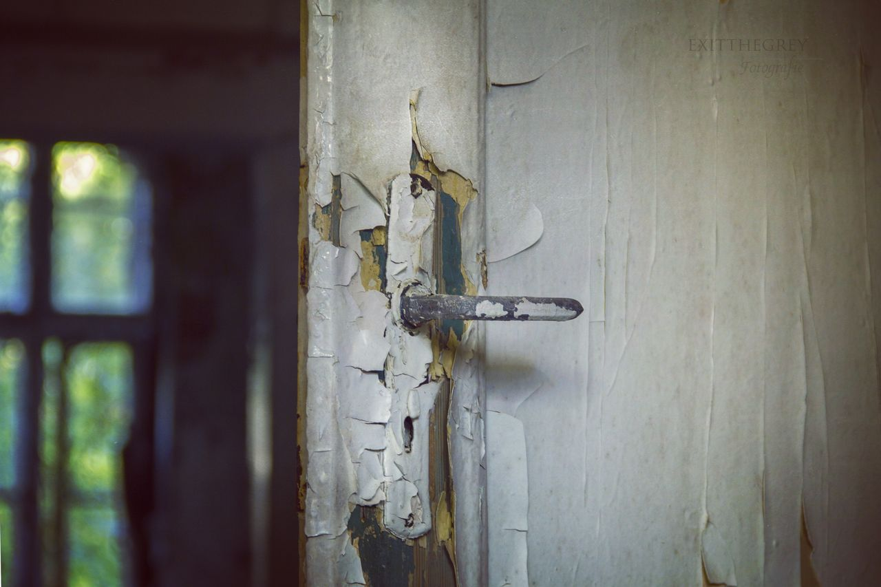 Door Deur Open Doorhandle Deurkruk Urbexphotography Canon60d Canon_official Urbanexploration Urbex_rebels Urbexexplorer Urbex Neglected Decaying Building Decay_nation Germany Abandoned Abandoned Places Abandoned Buildings DesertedRussian Nuclair Village Deserted Building Urban Exploration Abandoned House Urbex_supreme Urbex Germany