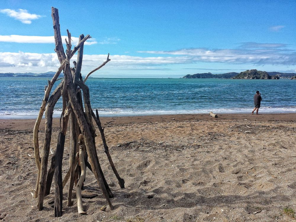 Artist - unknown. Photographer - me Sea Beach Sky Water Nature Horizon Over Water Outdoors Men Day Scenics Real People Scenics Beauty In Nature Occupation People Destination Paihia Beach Life Travel Destinations Lifestyles Travel Sculpture Abandoned Art Art Freshness Art Is Everywhere