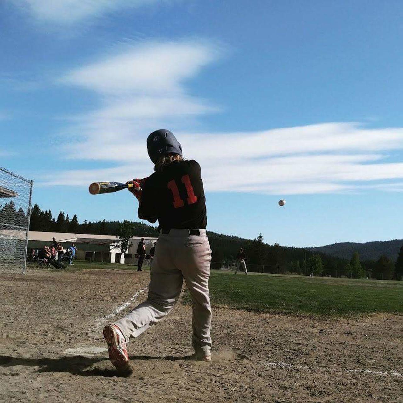 People And Places Dramatic Angles Baseball Baseball Game Baseball ⚾ Baseball Player BaseballLife Baseball Bat Baseballplayer