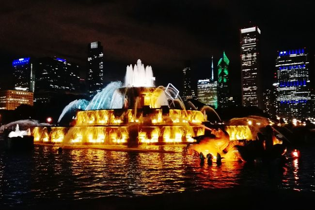 Colour Of Life Chicago Grant Park Fountain Golden Light Architecture Nightphotography Skyscrapers