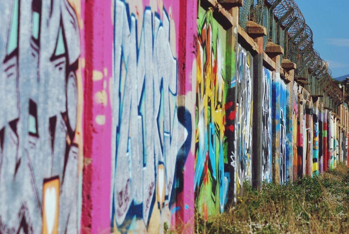 A Walk Through Barcelona Graffiti Streetphoto_color