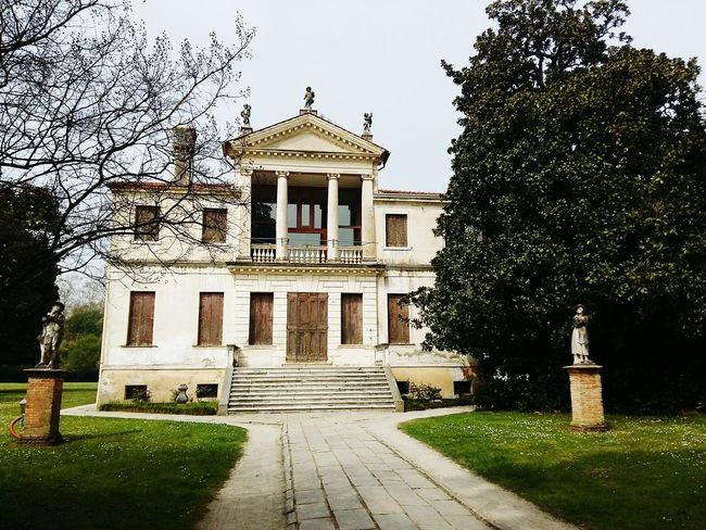 Villa Mirano Veneto Italy Nice Cool_capture_ Like ? ❤ Taking Photos Hanging Out Italyiloveyou Building Exterior