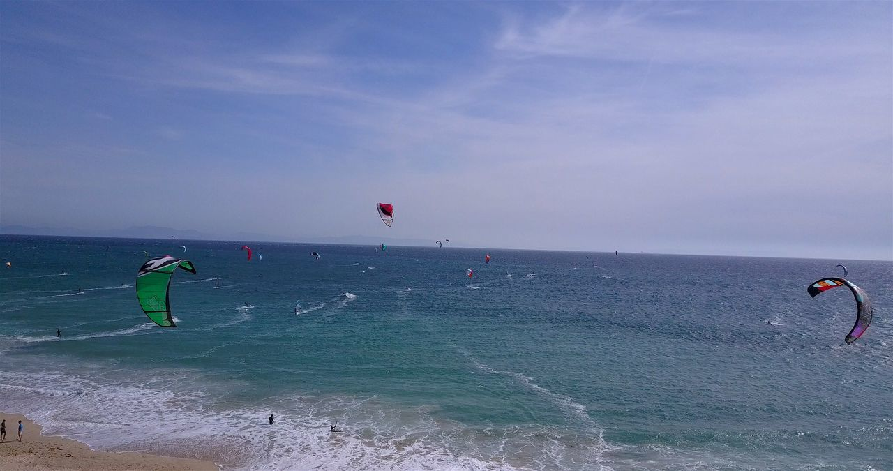 Adventure Beach Beauty In Nature Cloud - Sky Day Dronephotography Extreme Sports Horizon Over Water Kiteboarding Kites Kitesurfing Leisure Activity Lifestyles Men Nature Outdoors Parachute Paragliding Scenics Sea Sky Sport Surf Water Windsurfing
