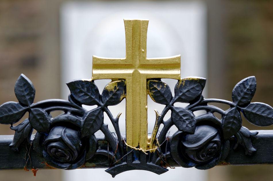 Close-up Fence Focus On Foreground Golden Cross Graveyard Kreuz  Melaten Old Fence Zaun