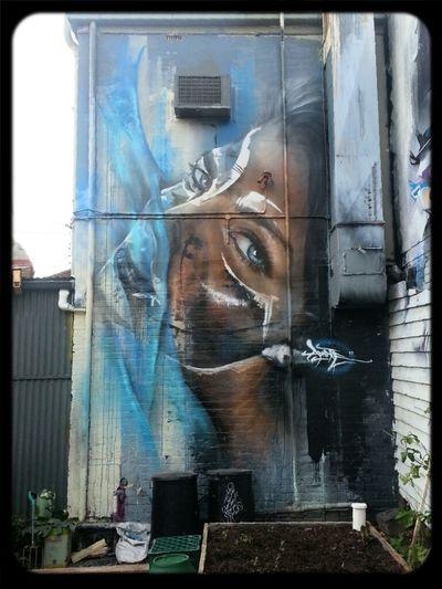 Streetart Adnate AWOL Crew
