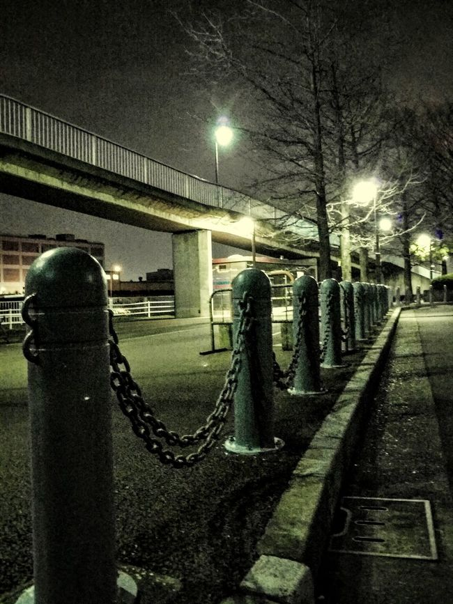 Night Photography Night View Light And Shadow Night Jog Chain