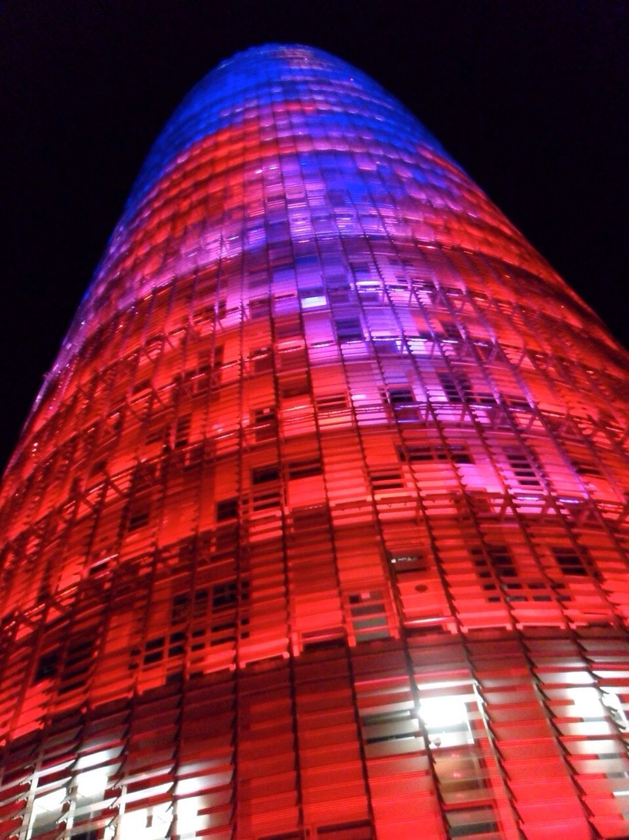Barcellona Barcelona SPAIN Spagna Architecture Architettura Torre Torre Agbar Rosso Blue Blu Red Luci Rosso E Blu Red And Blue Lights The Week On EyeEm