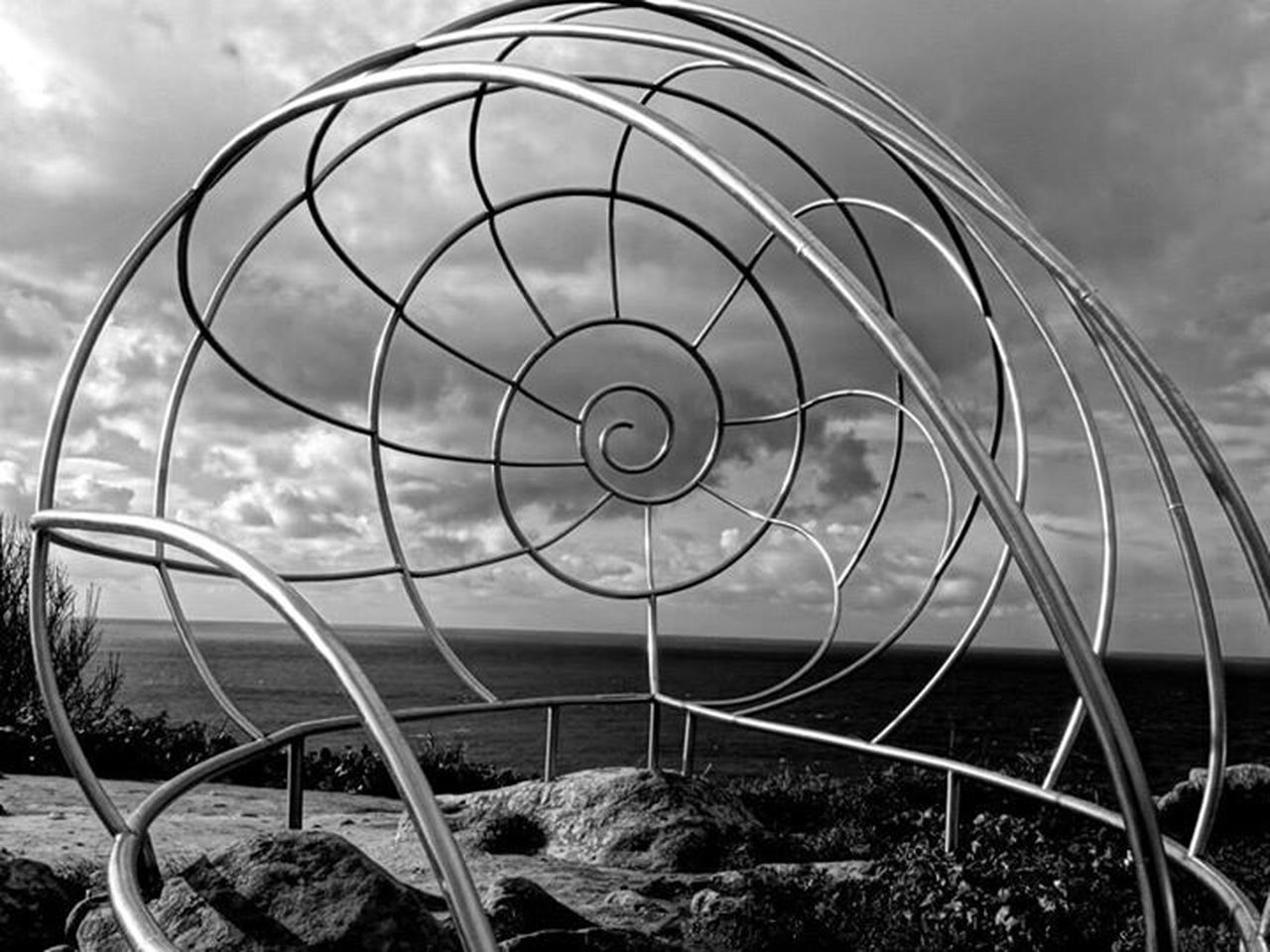 Vigo, Galicia (España) #vigo #galicia #pontevedra #spain #españa Taking Photos Geometric Shapes Black & White Cabo Home