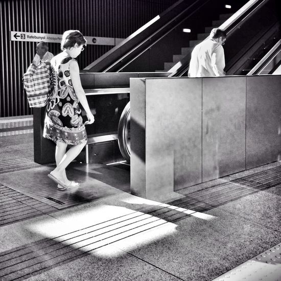Streetphotography Subway Blackandwhite Shootermag