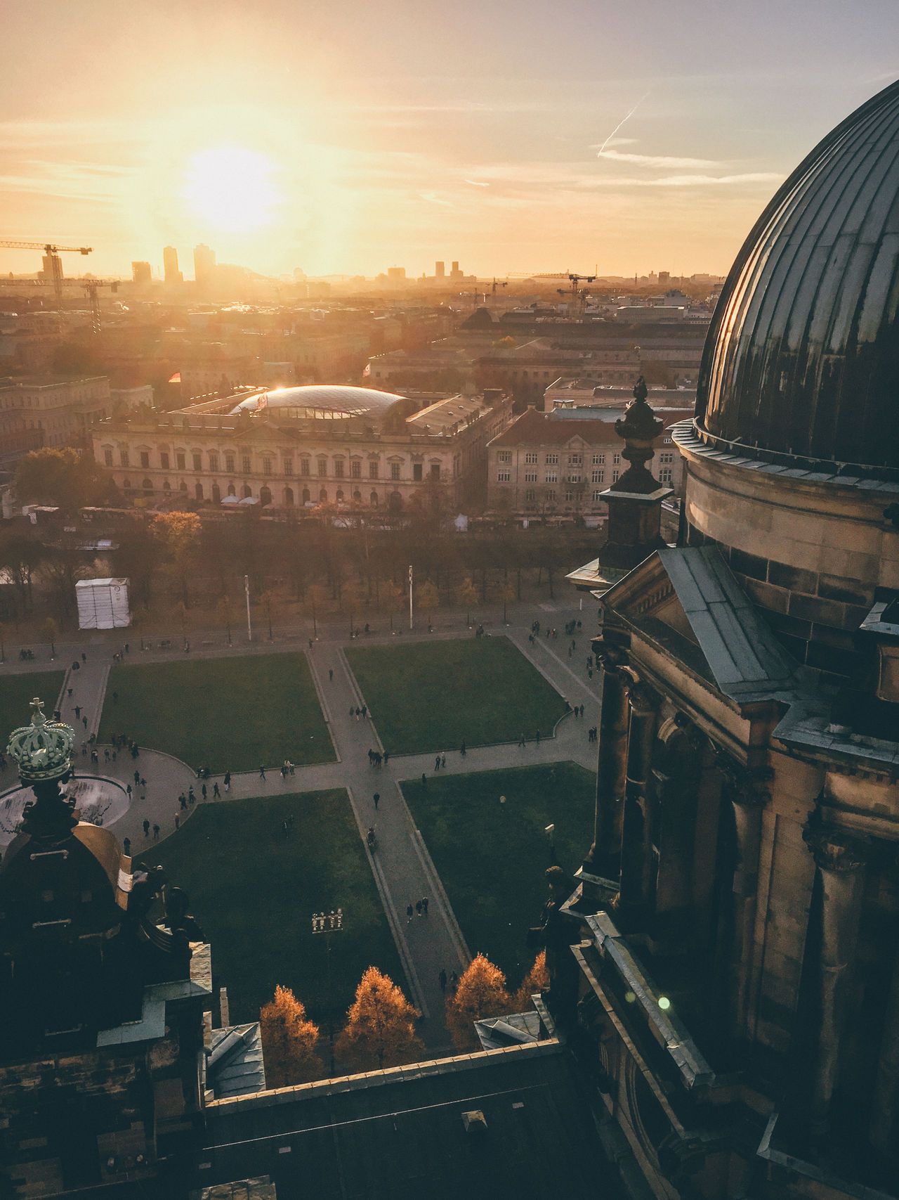 All about that orangey autumn light in Berlin. Architecture Berlin Berlin Photography Berlinerdom Berlinwall Built Structure Church City Cityscape Dome Outdoors Religious  Religious Architecture Sky Sunset Sunset #sun #clouds #skylovers #sky #nature #beautifulinnature #naturalbeauty #photography #landscape Sunset_collection Sunsets