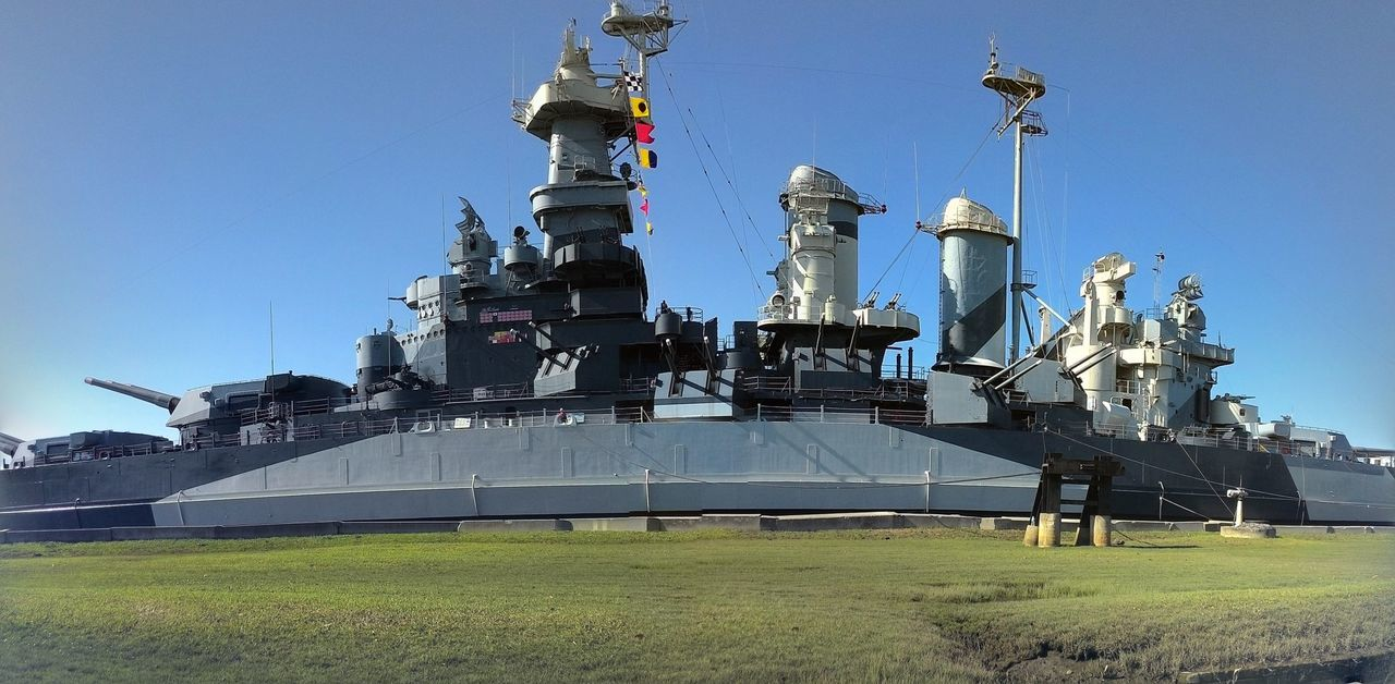 The beautiful USS NORTH CAROLINA BATTLESHIP Check This Out Enjoying Life Beautiful ♥ Battleship North Carolina Ussnorthcarolina Photography Breathtaking Historical Ship