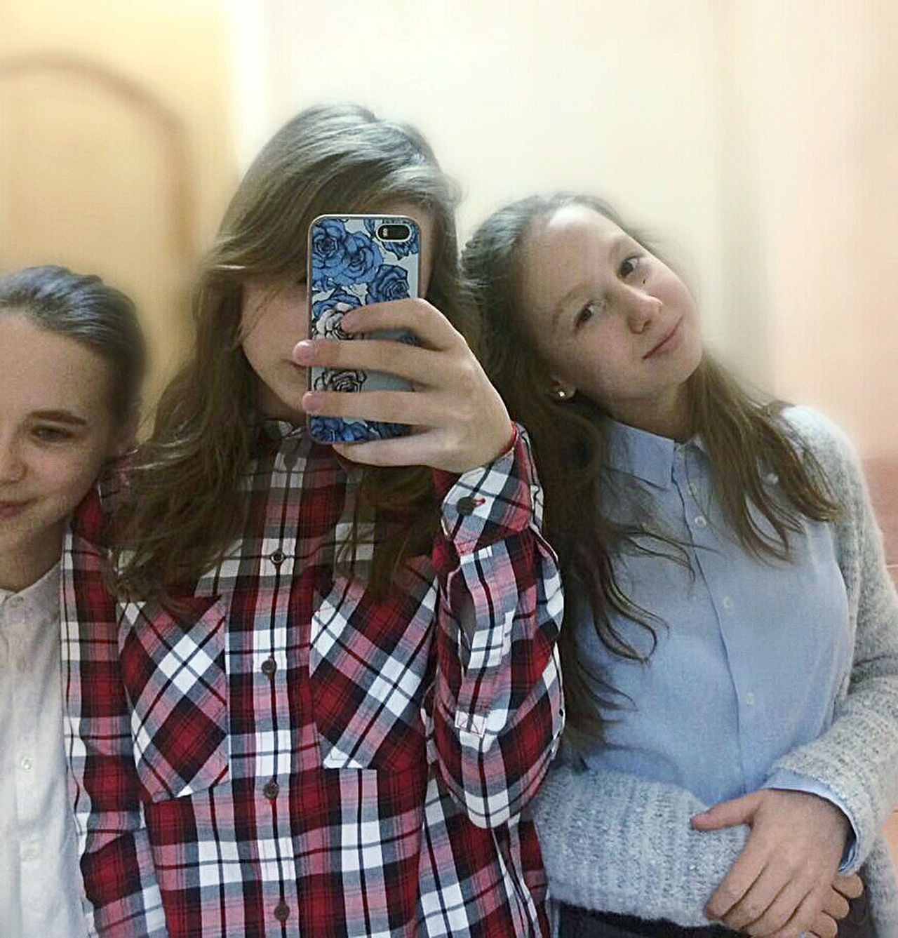 Portable Information Device Smart Phone Wireless Technology Mobile Phone Teenager Photo Messaging Communication Photography Themes Photographing Teenage Girls Friendship Digital Native Technology People Indoors  Togetherness Only Teenage Girls Smiling Day Selfie