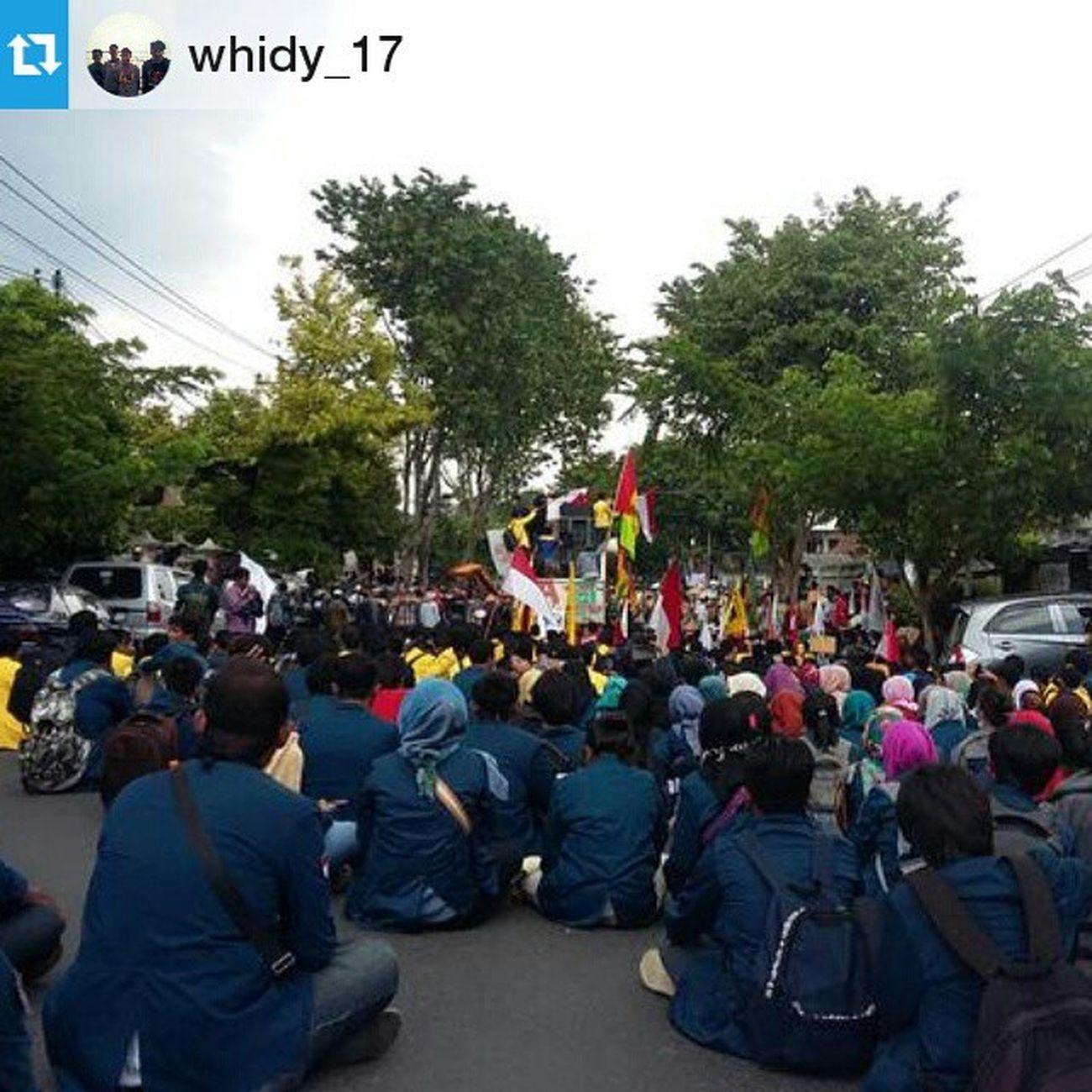 Repost @whidy_17 ・・・ Rembangmelawan !, (Gugatan petani rembang di kalahkan dengan alasan Kadaluarsa! PrayForRembang