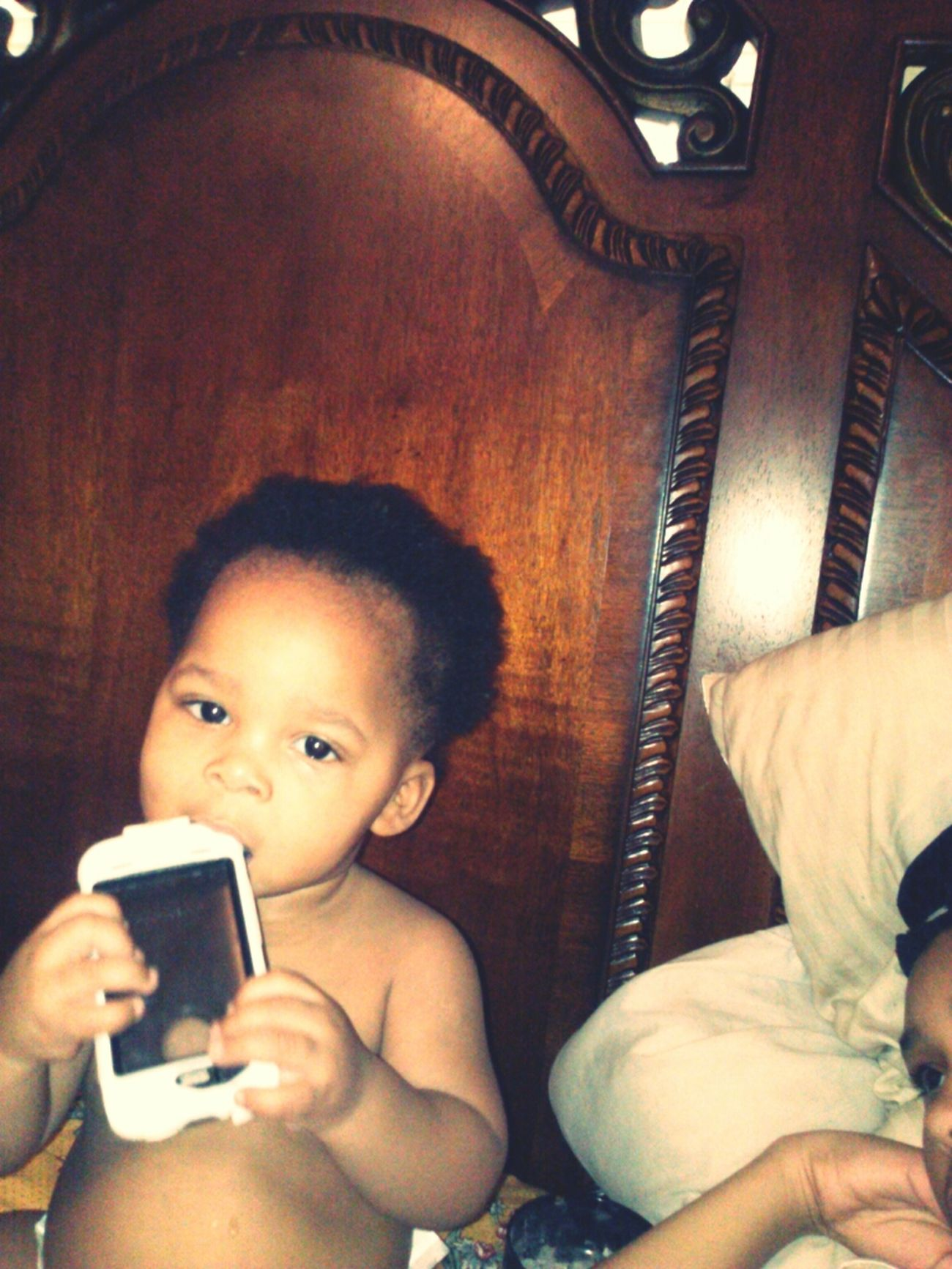 He Swear He Got A Iphone!!!