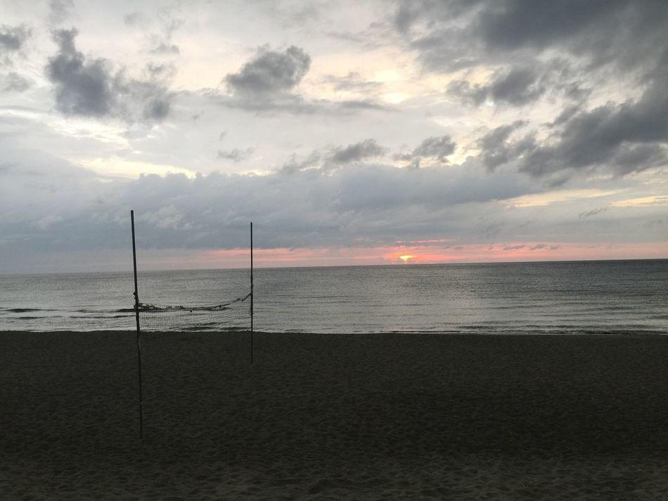 Sunset. Rain, thunder and lightning will be here soon. Sea Sunset Water Sand Horizon Over Water Cloud - Sky Philippines